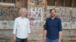 Matthias Greß von den Philharmonikern und Andreas Blume vom Deutschen Kinderschutzbund. Foto: Philine Schlick