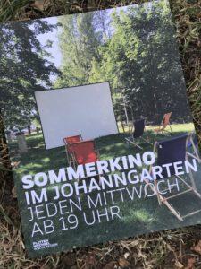 Im Johanngarten flimmern immer mittwochs Filme für Jugendliche. Foto: Plattenwechsel