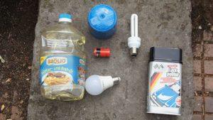Schadstoffe können dem Schadstoffmobil bis zu einer Menge von 10 Litern kostenfrei übergeben werden. Foto: Philine Schlick