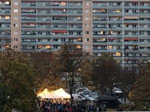 Ein letztes Leuchten vor dem Teil-Lockdown in der Johannstadt. Foto: Anja Hilgert